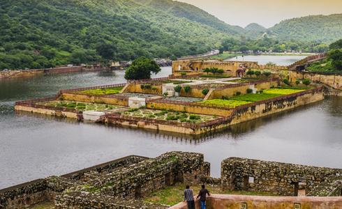 Places to Visit Daman - Mirasol Lake Garden
