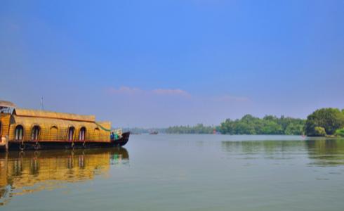 ASHTAMUDI Club Mahindra Resort