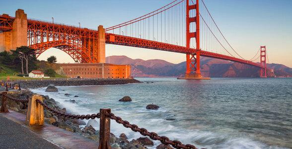 Eye-witness the Golden Gate Bridge