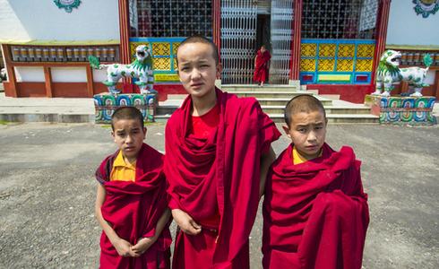 Little Lama (buddhist monk) at Phodong Monastery