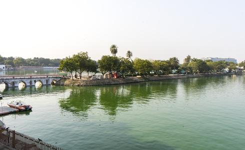 Places to Visit Ahmedabad - Sarkhej Roza