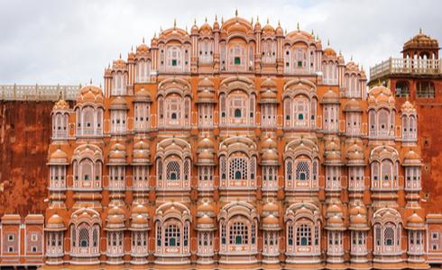 Hawa Mahal - Places to visit in Jaipur
