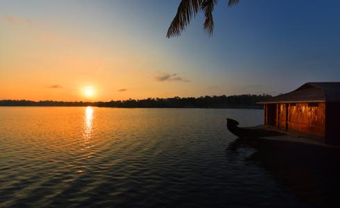 Ashtamudi backwaters, Kerala