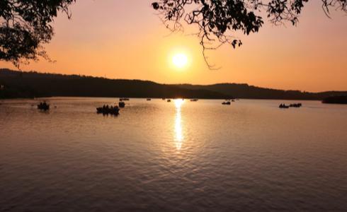 Venna Lake in Maharashtra