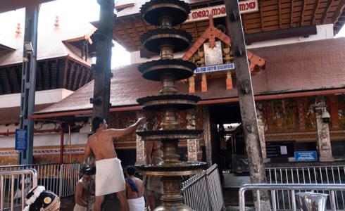 Guruvayur Sree Krishna Temple