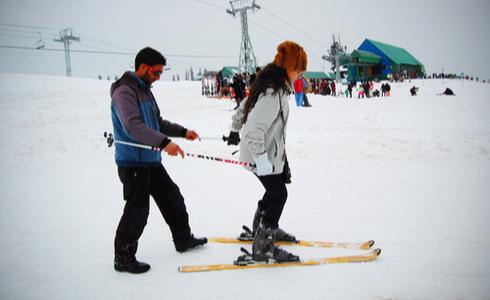 ski in Gulmarg