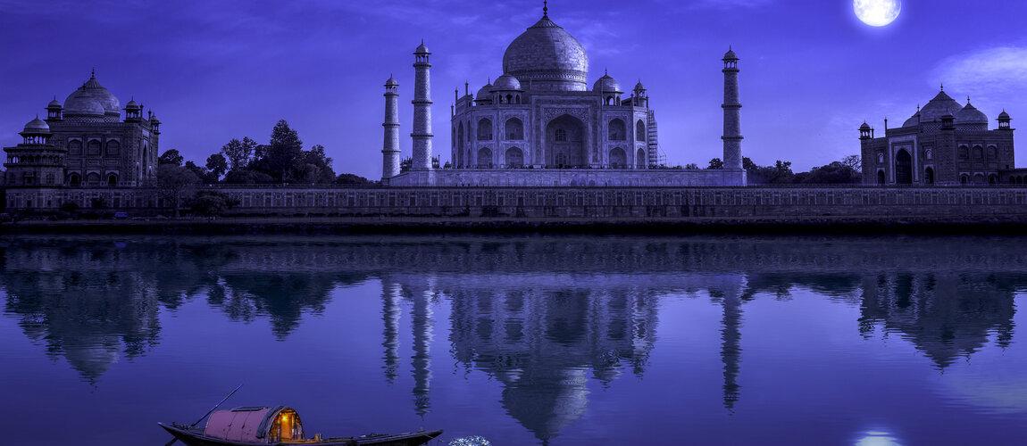 Taj Mahal Reopens for Night Viewing