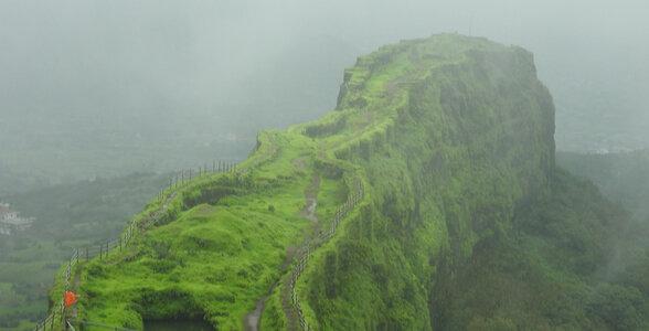 trekking destinations in Maharashtra - Lohagad
