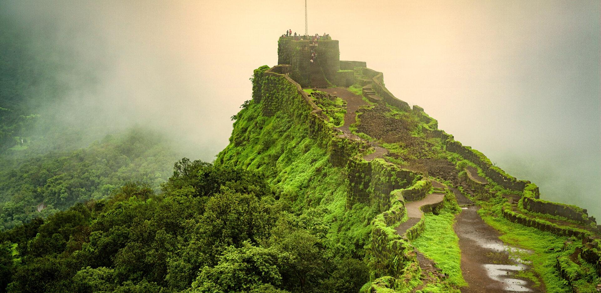 trekking destinations in Maharashtra